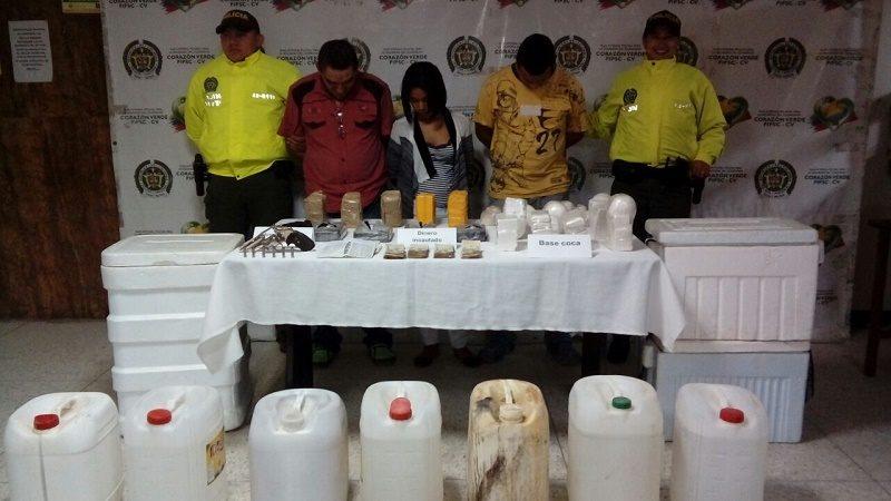 capturados con 20 kilos de cocaina e insumos (1)