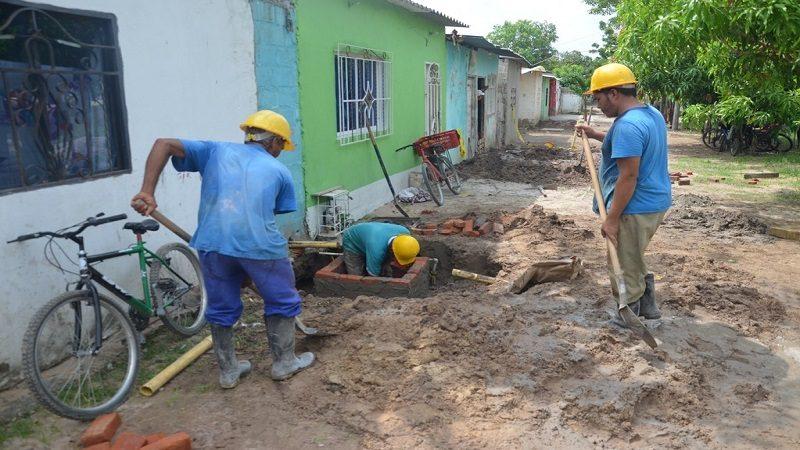A buen ritmo avanza instalación de alcantarillado en los barrios Brisas del Río y Paraíso de Malambo