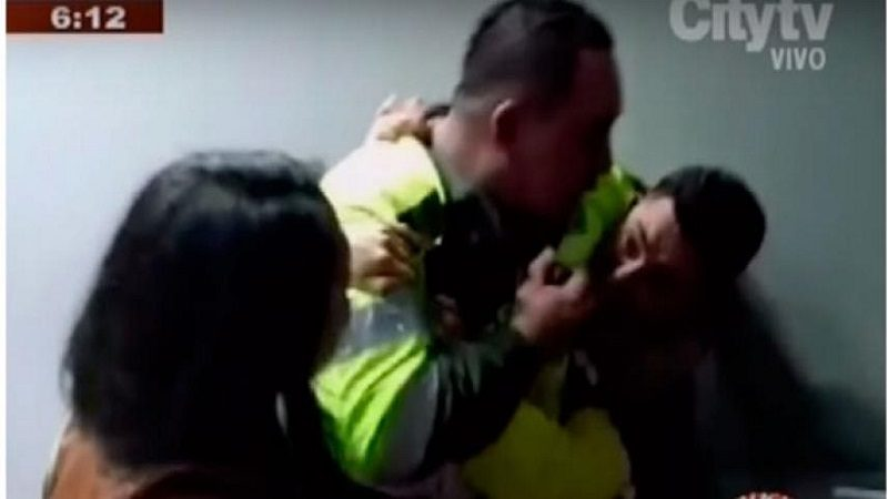 Destituyen e inhabilitan por trece años a los cinco policías que agredieron a periodistas de City TV