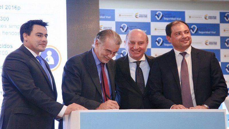 Firman convenio por $1.300 millones para seguridad vial en el Atlántico