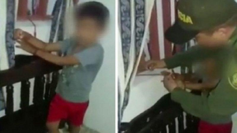 Mujer amarró a su hijo de 8 años a una ventana, mientras ella hacía unas diligencias