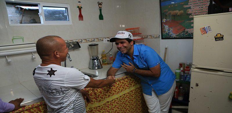En La Sierrita, alcalde Char entregó mejoramiento de vivienda a 231 familias