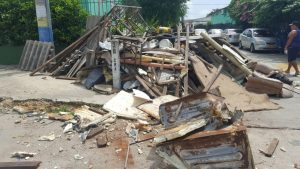 Encuentran una casa en el barrio Carrizal con 35 toneladas de basura 2