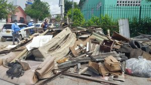 Encuentran una casa en el barrio Carrizal con 35 toneladas de basura 3