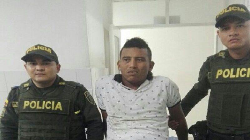 Ex-jugador del Junior se enfrentó a tiros con la Policía y resultó herido en el barrio El Ferry