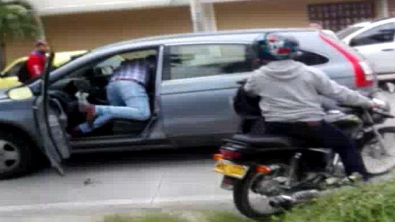 Fletero se metió a una camioneta en busca de su víctima en el barrio El Prado