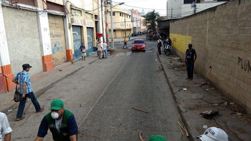 Alcaldía despejó tres calles del Centro Histórico de Barranquilla