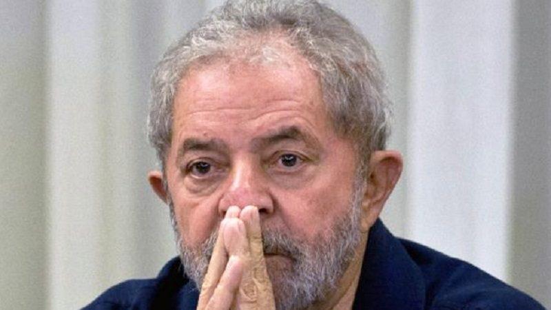 Por corrupción, condenan a Lula a nueve años y medio de prisión