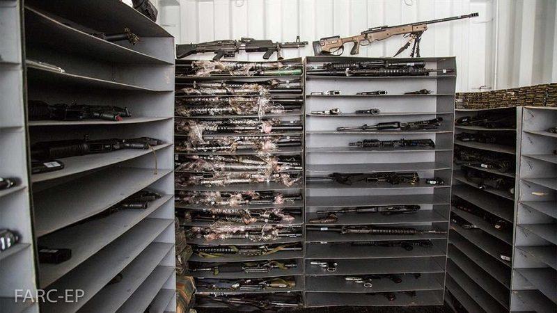 Santos dice que este lunes salió el primer contenedor con armas de las zonas veredales