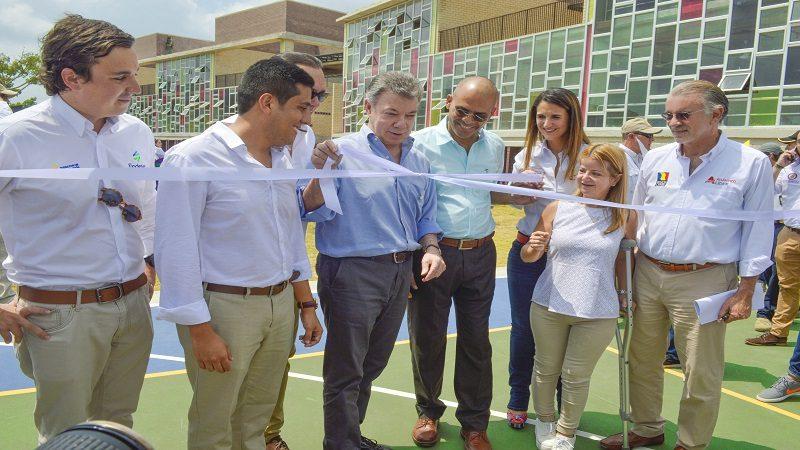 Villa Olímpica tiene desde hoy el colegio más grande del Atlántico