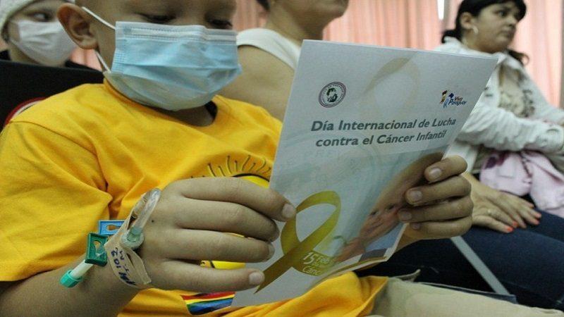 Cinco recomendaciones para sobrellevar el cáncer infantil en una familia
