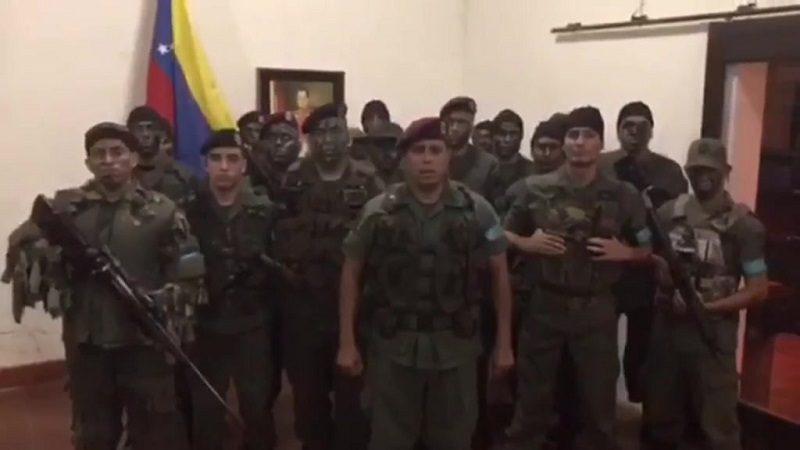 Grupo militar de Venezuela se declara en rebeldía contra Nicolás Maduro