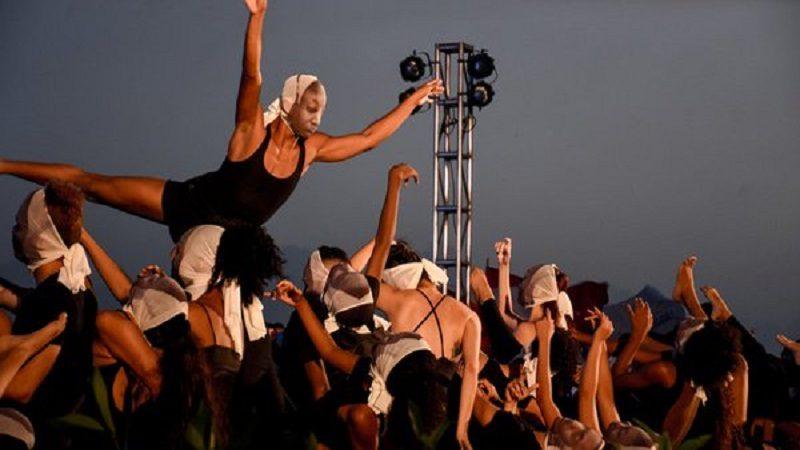 La danza contemporánea se toma el Gran Malecón del Río en Barranquilla