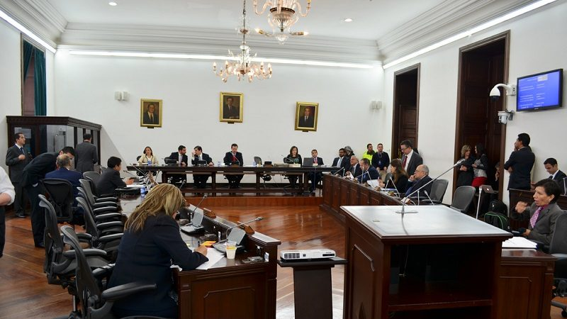 Senado estudia despenalizar la injuria, calumnia e inasistencia alimentaria en Colombia