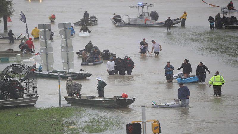 Venezuela ofrece US$5 millones para víctimas del Huracán Harvey