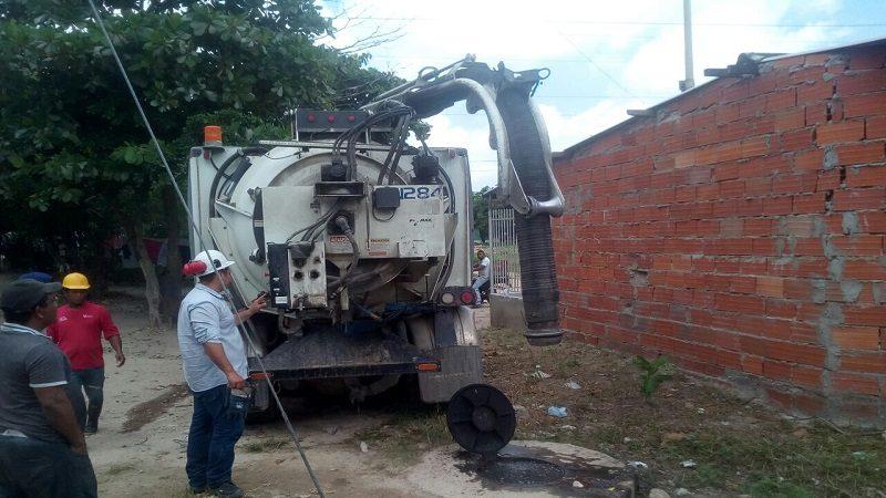 Avanzan obras de alcantarillado en barrios de Soledad