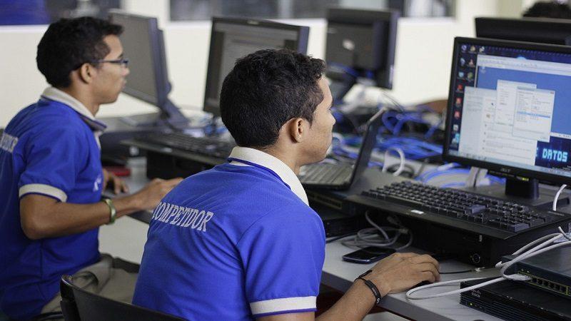 El Sena ofrece 26 mil cupos para programas virtuales o a distancia