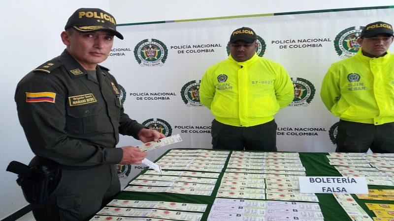 Policía incauta 200 boletas falsas para el partido Colombia - Brasil en Brasil