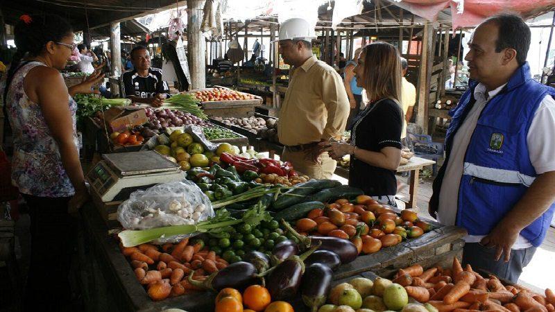 Adelantan gran jornada de limpieza y seguridad en el mercado de Soledad