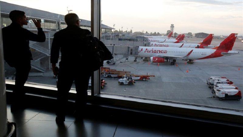Aerocivil autoriza a Avianca contratar pilotos extranjeros