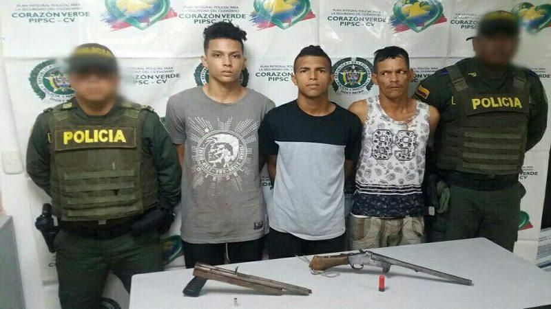 Balacera en Las Gardenias deja un Policía herido y tres sospechosos capturados