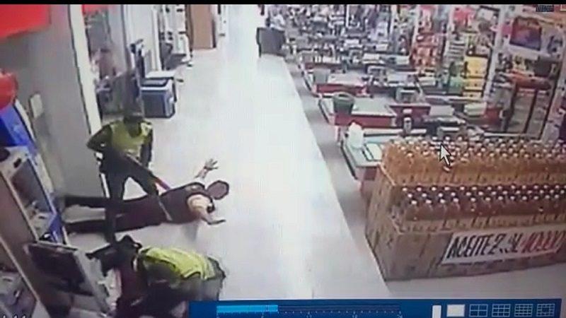 Disfrazados de policías roban a guardas de empresa de valores en Sao Hipódromo
