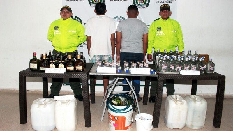 Incautan 126 botellas de whisky y 85 de aguardiente adulteradas, en Sabanalarga