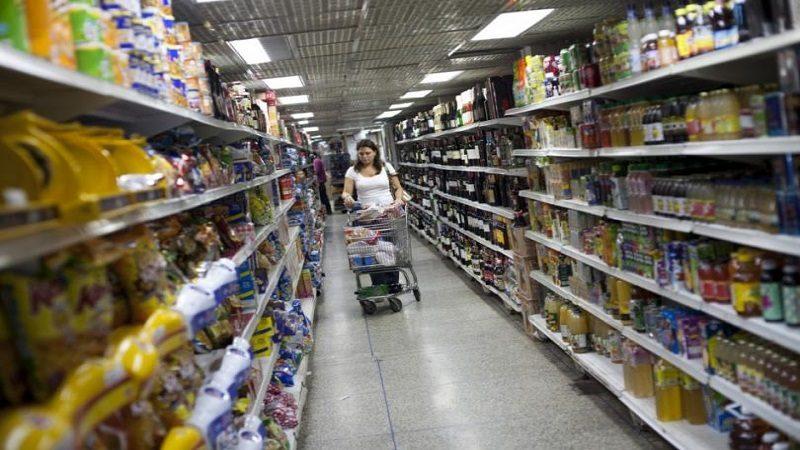 Entra en vigencia ley para regular precios en Venezuela