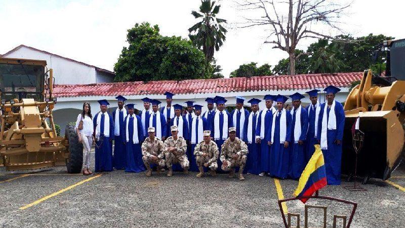 Militares privados de la libertad en Malambo se graduaron en Maquinaria Pesada, Hidráulica y Electricidad