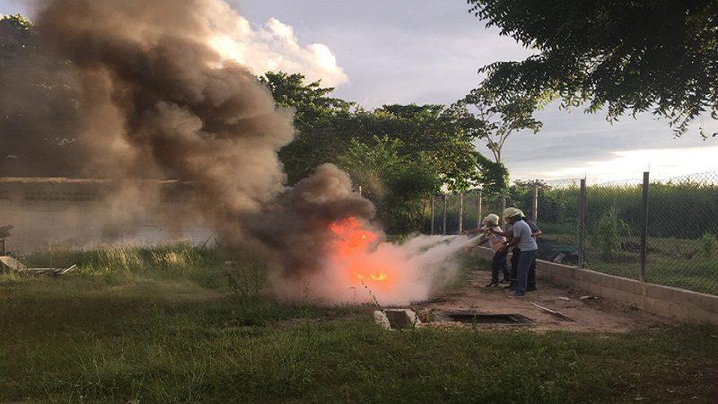 Personal del Hospital de Soledad Materno Infantil recibe inducción sobre prácticas contra incendio