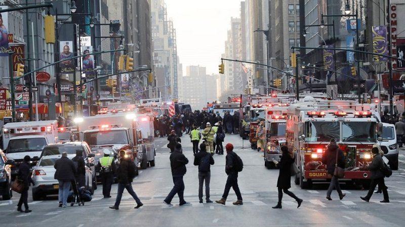 Cuatro heridos deja explosión en túnel del metro de Nueva York