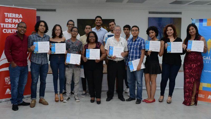 La Galería Plaza de la Paz entrega certificaciones en Escritura Creativa