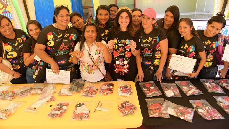 300 mujeres están listas para elaborar y vender sus artesanías de Carnaval