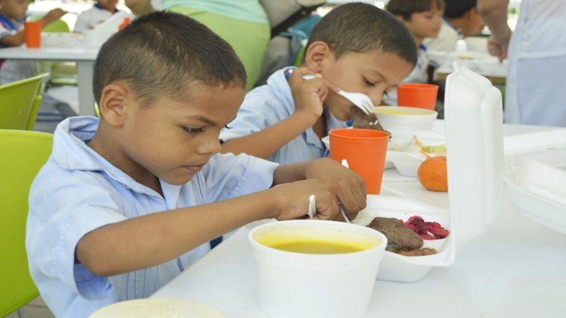 Inician proceso para garantizar alimentación escolar a 100.000 estudiantes en Atlántico