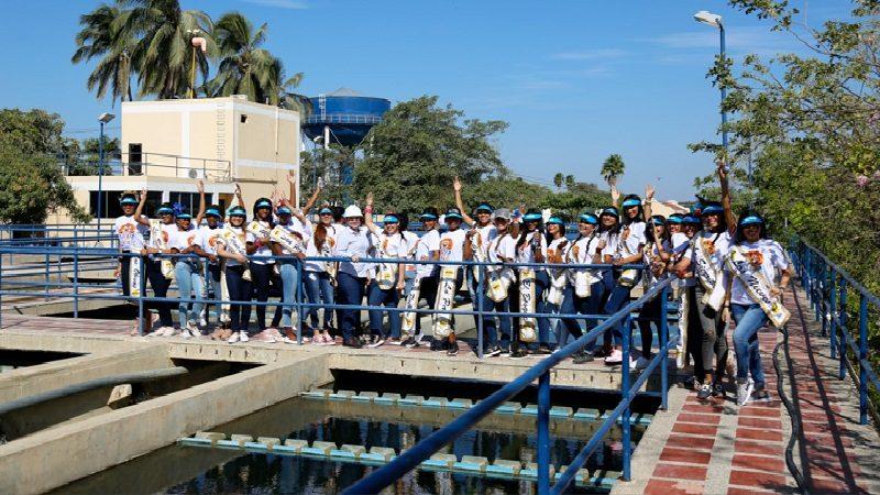 Reinas Populares del carnaval visitaron el acueducto de Barranquilla