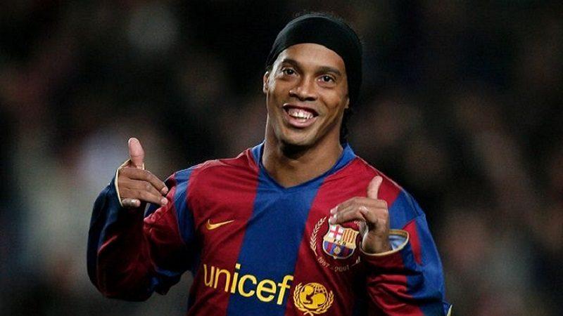 Ronaldinho Gaúcho se retira del fútbol