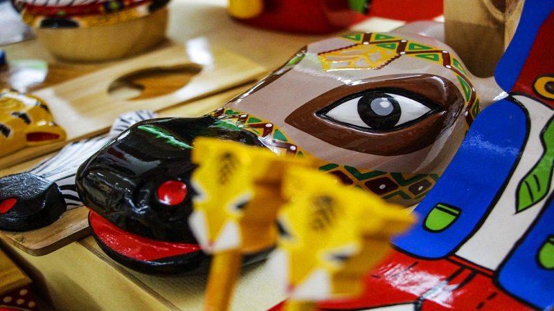 'Manos a la Obra' le da color al carnaval con las artesanías del Atlántico