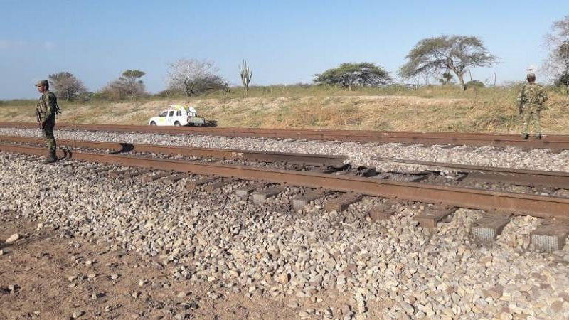 Con explosivos atentan contra línea férrea del Cerrejón en La Guajira