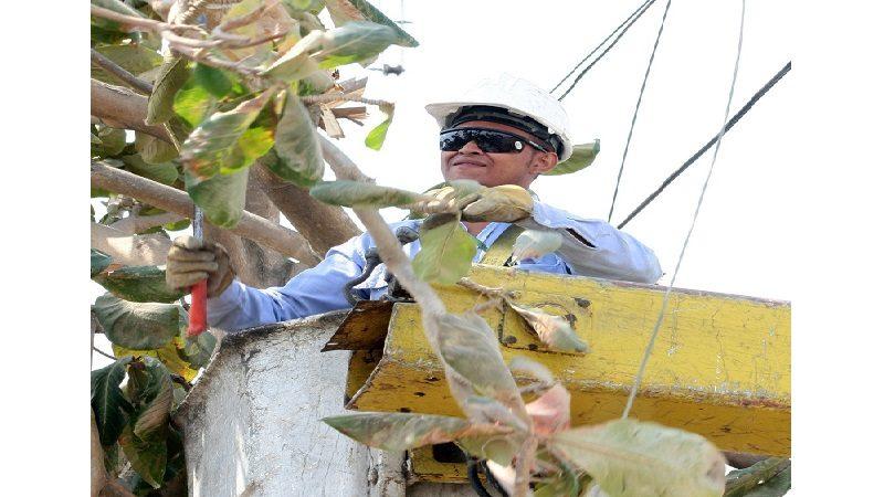 Electricaribe activa plan de contingencia por fuertes brisas