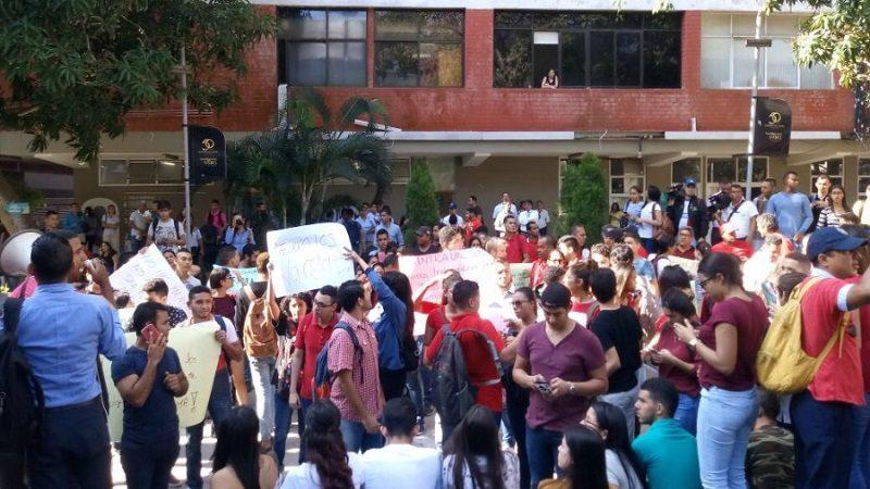 Facultad de Ciencias Sociales de la Uniautónoma, en paro indefinido