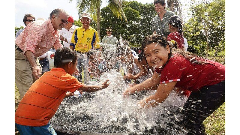 Más de 100 firmas interesadas en licitaciones de agua y alcantarillado en Atlántico