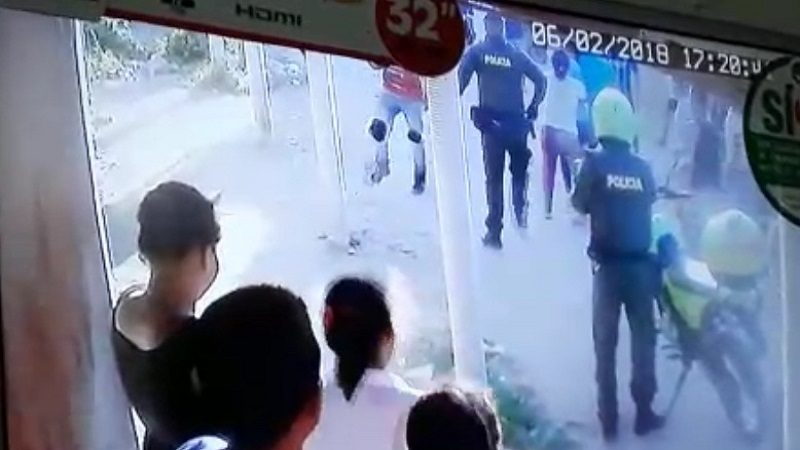 Separan de sus cargos a policías por muerte de joven en Palermo