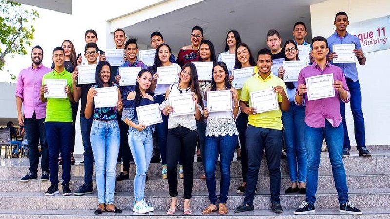 Universidad de la Costa entrega becas a otros 20 Jóvenes líderes del Departamento