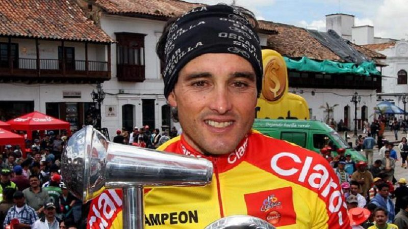 A ciclista español Óscar Sevilla le dieron golpiza por robarle su bicicleta, en Bogotá
