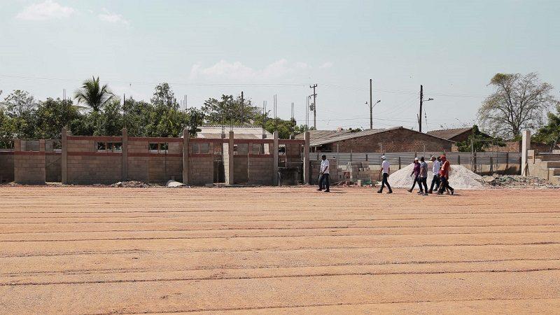 Avanzan obras de vías, deporte y vivienda, en el municipio de Candelaria