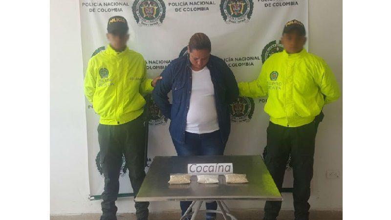 Cae mujer que llevaba más de 700 dosis de cocaína en sus partes íntimas