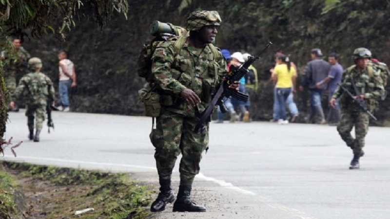 Colombia y Ecuador coordinan operaciones contra el crimen organizado en zona de frontera