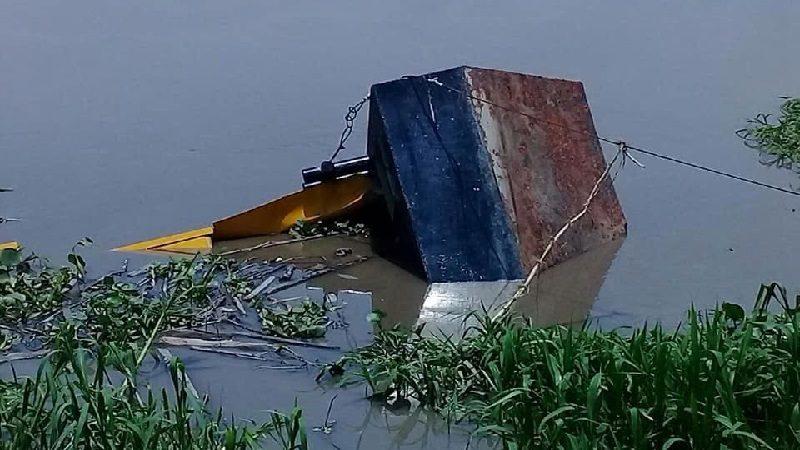 Barcaza de Puerto Giraldo se hundió en el río Magdalena y el pueblo quedó sin agua