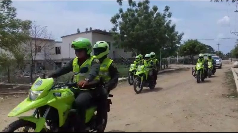Caravanas de seguridad dejan 6 capturados, armas y droga incautada, en Campo de la Cruz