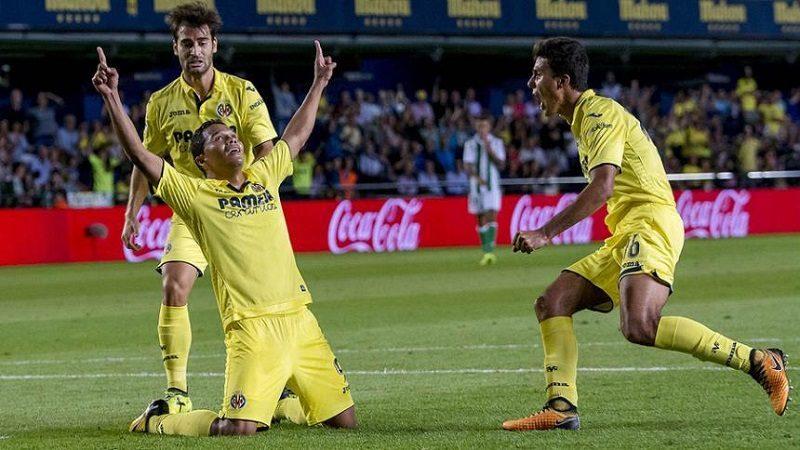 Carlos Bacca marcó un gol en el empate 2-2 de Villarreal y Sevilla